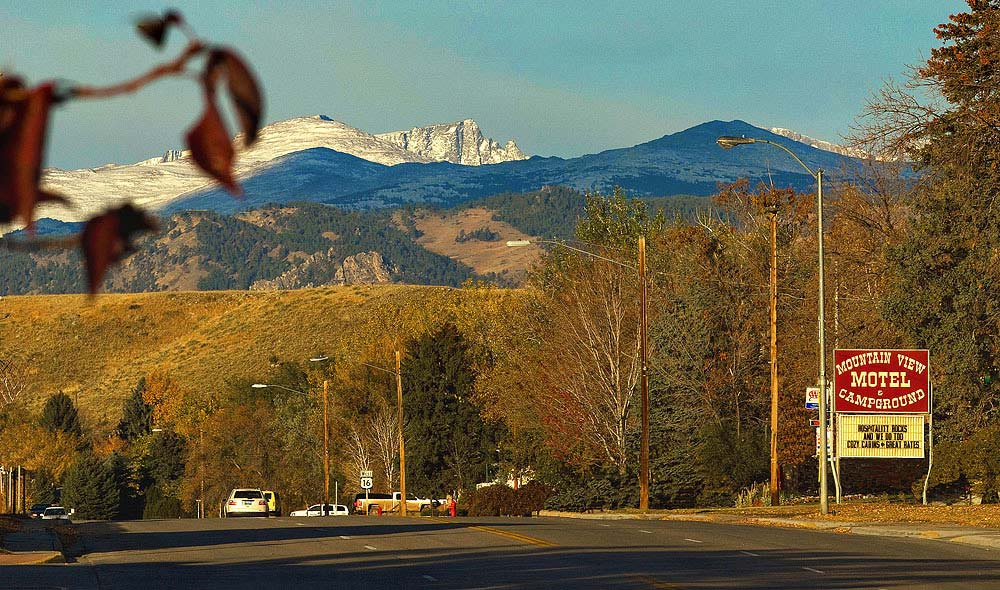 Mountain View Motel Cabins and RV Park is a Buffalo Wyoming Motel at the Base of the Big Horn Mountains