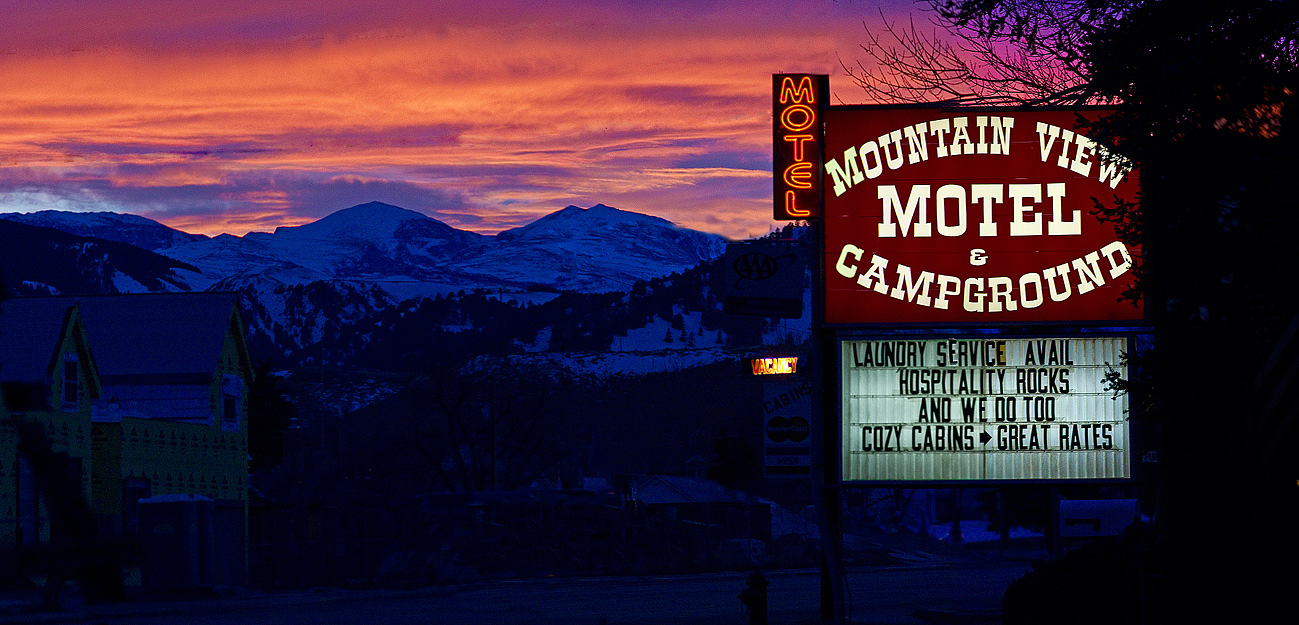 Mountain View Motel in the shadow of the Big Horn Mountains in Wyoming on Rt 16